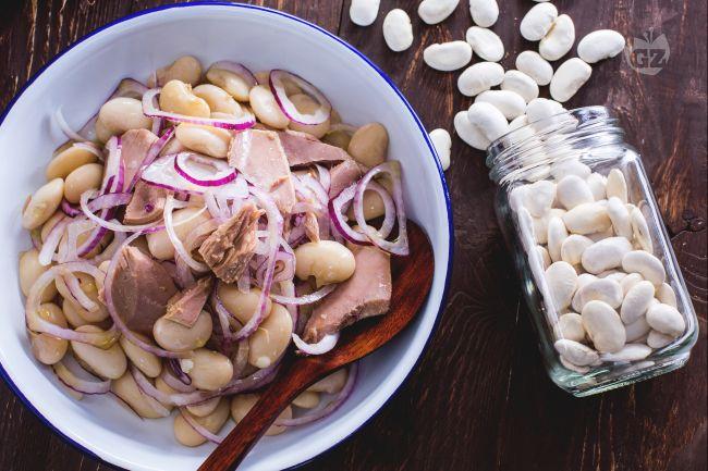 Tonno fagioli e cipolla